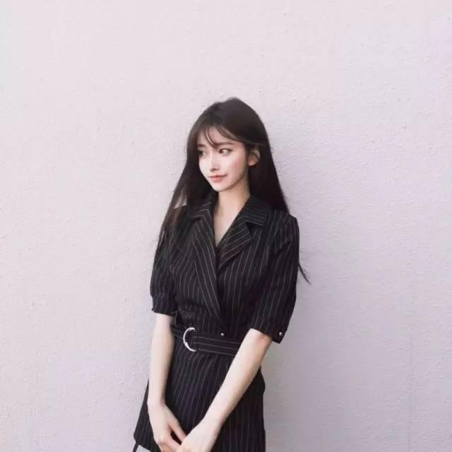 97年韩国模特金娜熙,身高158,无辜又甜美,好看到叫人